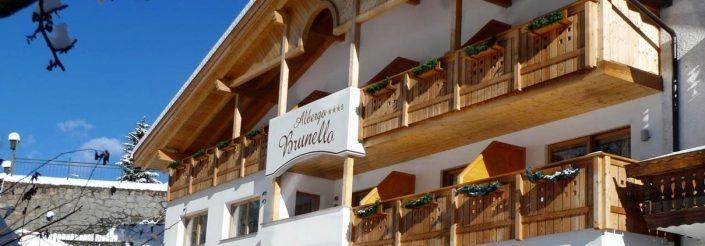 migliore garni family hotel albergo brunello confortevole vicino piste da sci bike val gardena sassolungo vacanza neve wellness trekking ristorante pernottamento ortisei